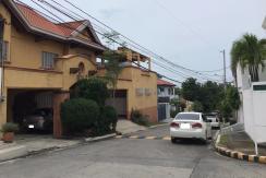 560 sqm 2 Storey in Tahanan Village, Paranaque City